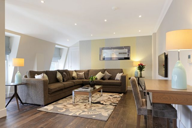 Maykenbel Apartments Asburn Court 3 Bedroom Suite & Penthouse