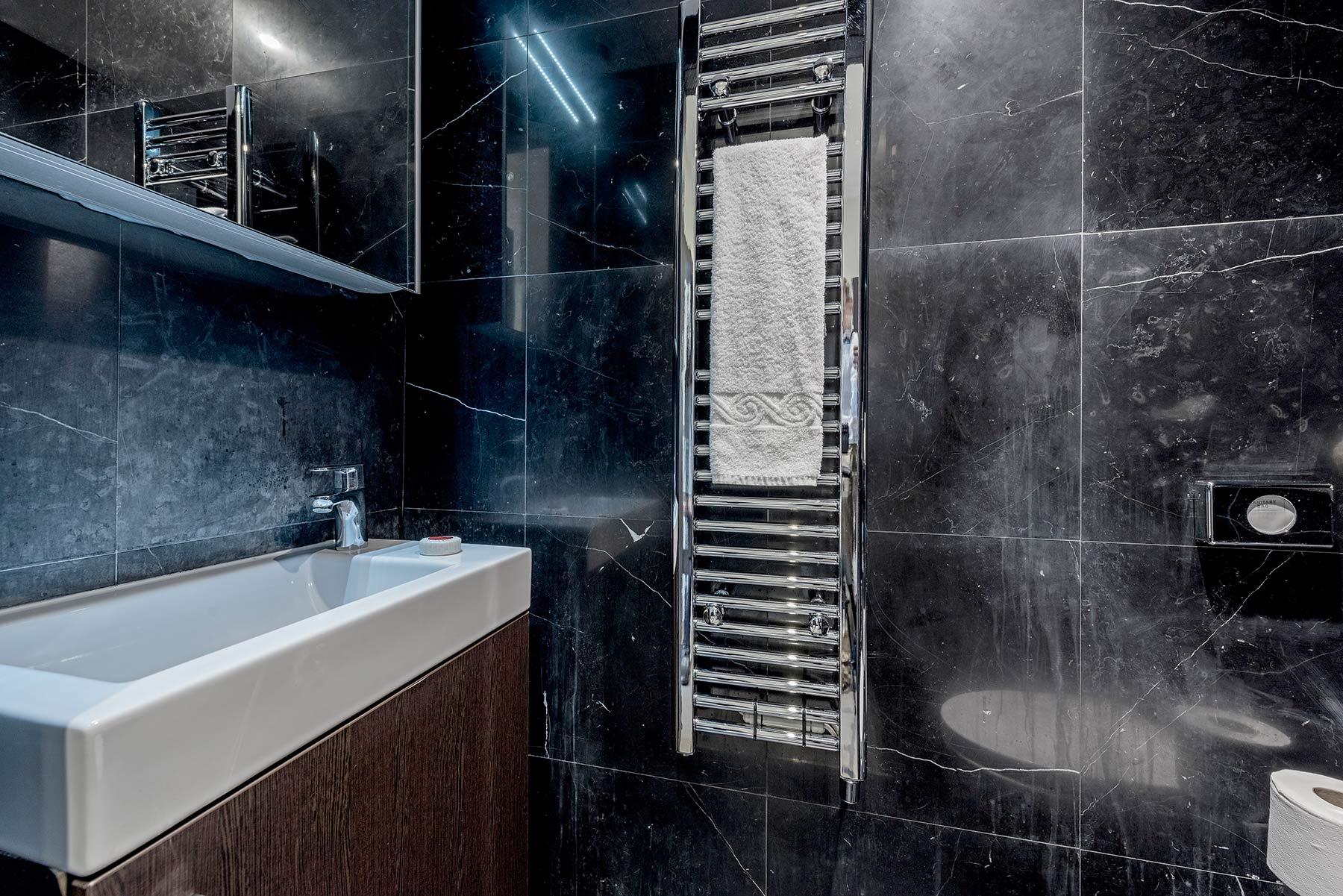 130 Queen S Gate 1 Bedroom Executive Maykenbel Properties