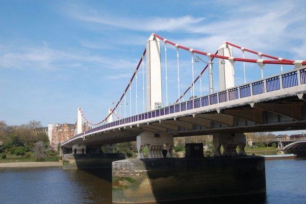 Amazing Secrets of Chelsea Bridge