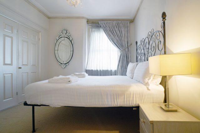 Maykenbel Apartments Chesham Court 1 Bedroom Standard