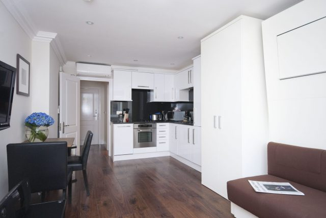Maykenbel Apartments Chilworth Court Studio Apartment